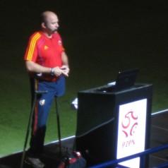 Eduardo Valcarcel, con el pie derecho