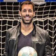 @RvN1776 Ruud Van Nistelrooy